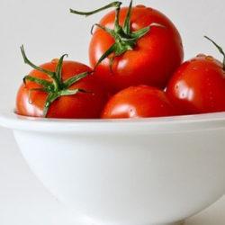 Toma tomate
