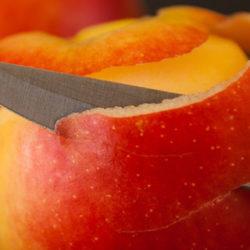 La fruta, ¿con piel o sin piel?: así debes consumirla para evitar riesgos