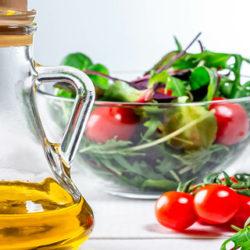 El aceite de oliva potencia el beneficio nutricional de las verduras